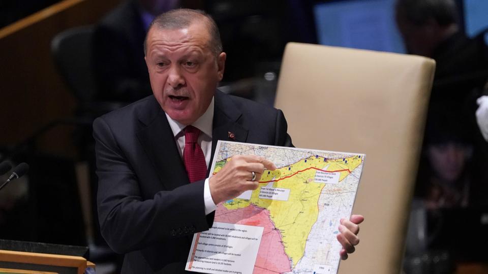 ئهردۆگان: رووسیا YPG دهرنهخه یا پێویست ئهمێ بكن